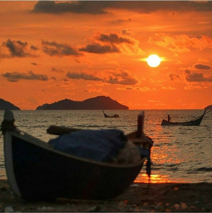 The sun is about to set at Gampong Jawa, Banda Aceh, Indonesia