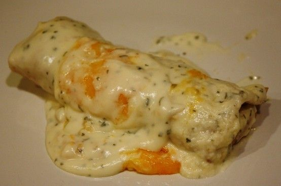 Skinny Sour Cream Enchiladas. I make these at least once a week :) - Click image to find more Food & Drink Pinterest pins