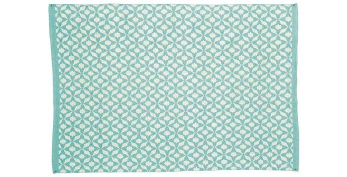 ber ideen zu balkon teppich auf pinterest sichtschutz f r balkon teppiche und dekokissen. Black Bedroom Furniture Sets. Home Design Ideas