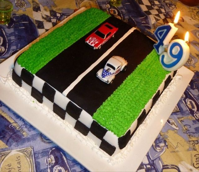 Drag Racing Cake. I'd want the tree to be on there too