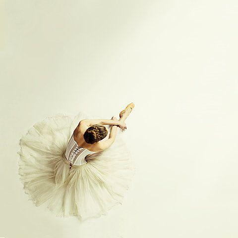 ballerina: Contemporary Dance, Elegant Dance, Jamari Lior, Ballet Ballerinas, Beautiful Ballet, Ballet Photography, Ballet Images, Ballet Obsession, Delight Dancers