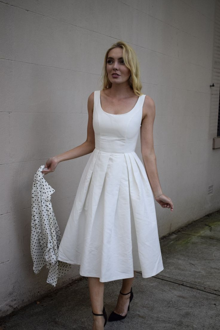 Read why I love Esther boutique's dresses so much here --->