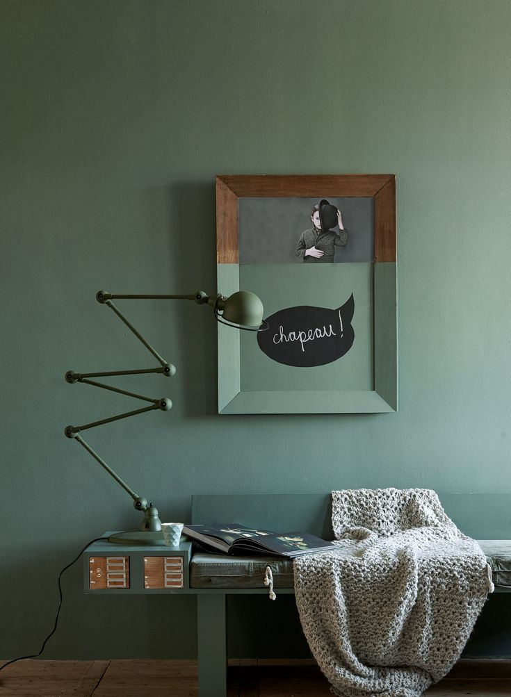 Green wall with half-painted frame and green desk lamp. | Photographer Dennis Brandsma, James Stokes | Styling Fietje Bruijn, Frans Uyterlinde | vtwonen catalog autumn 2015 | #vtwonencollectie