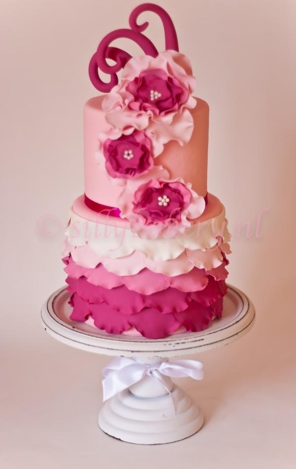 "Wedding cake ""Charleston""  By: sillybakery  URL: http://cakecentral.com/gallery/2281887/wedding-cake-charleston"