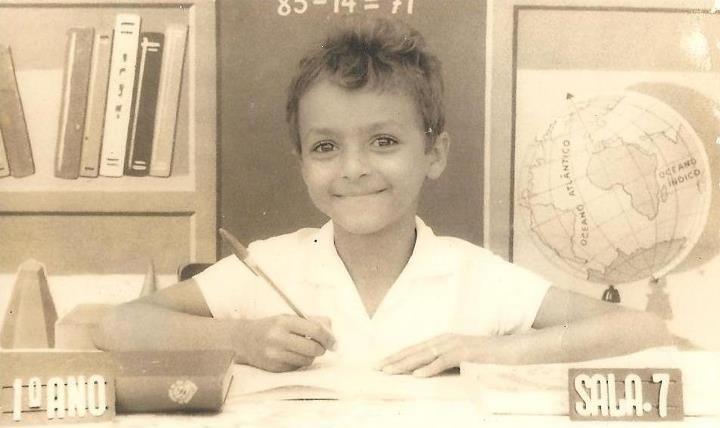 É da sua época?: [1980] Foto Recordação de Escola