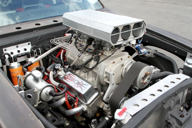 A 383 CID Chevy features a Weiand 8:71 supercharger and a Holley HP EFI fuel injection system.