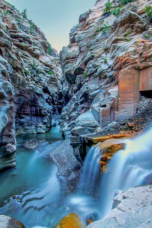Las Melosas Refugio, Chile by Alex Shar - via | Amazing Pictures