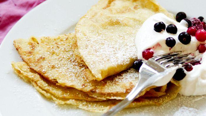 Är det verkligen möjligt att göra pannkakor utan ägg? Jajemensan, och de blir precis lika härligt goda, med frasiga kanter, som alltid.