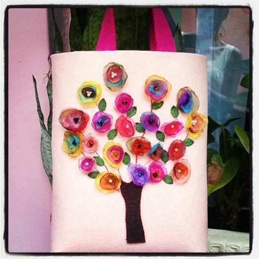 felt, felt bag, keçe, keçe çanta, yakma çiçek, yakma çiçekli keçe çanta