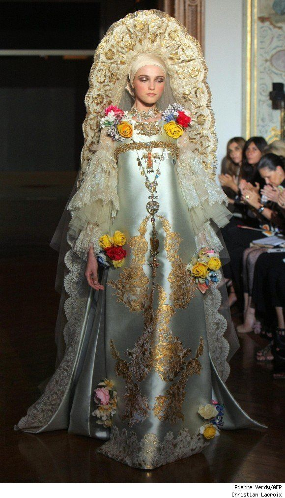 Haute Couture - Christian Lacroix Wearable Art Repinned by www.fashion.net The Sleeves...