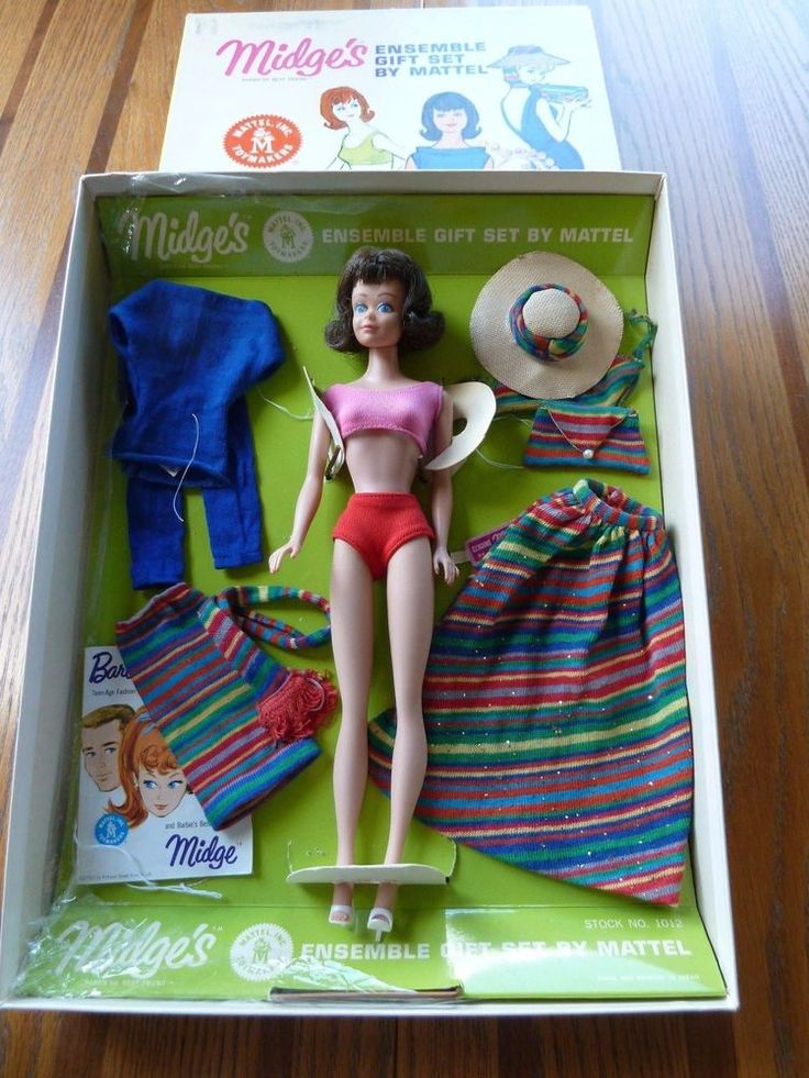Early Vintage Barbie - RARE Midge's Ensemble Gift Set from 1964!!! #DollClothingAccessories