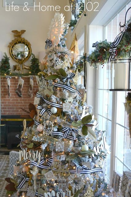879 Best Christmas Trees Images On Pinterest