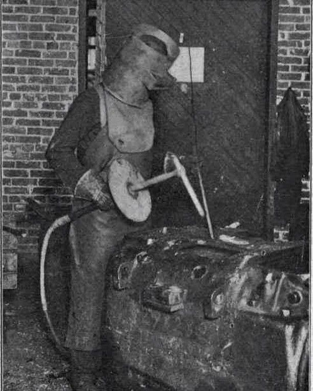Could you imagine #welding with that beast? #TBT  #weldingporn #weldinghelmet #weldingislife #weld #weldingtorch #industrial #industrialsupply #contractor #construction #constructionworker #welder #constructionworkers #contractor #contractors #architect #Temecula #Beaumont