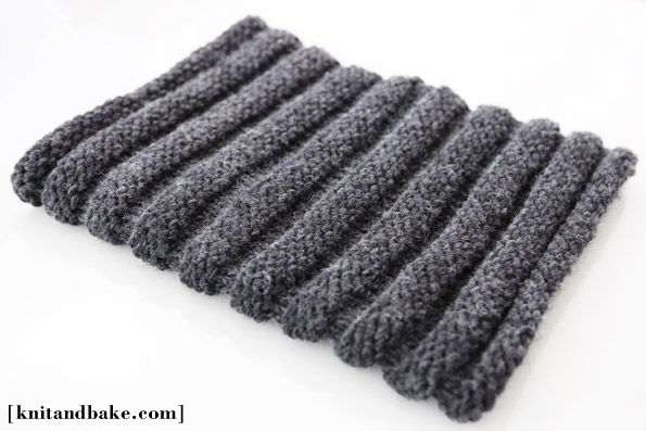 Knitting Cowls In The Round : Easy free cowl knitting pattern horizontal ribbing knit