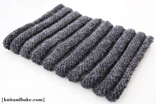 Knitting Pattern Cowl Size 13 : easy free cowl knitting pattern ( horizontal ribbing, knit in the round ) K...