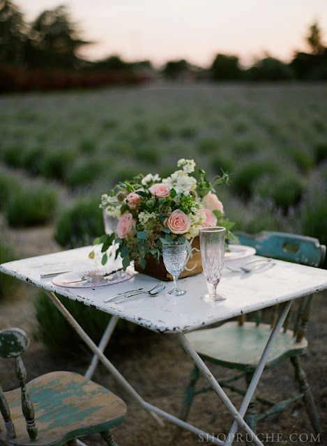 It doesn't take much to create an inviting table.  Love of your guests and seeing beauty around you.