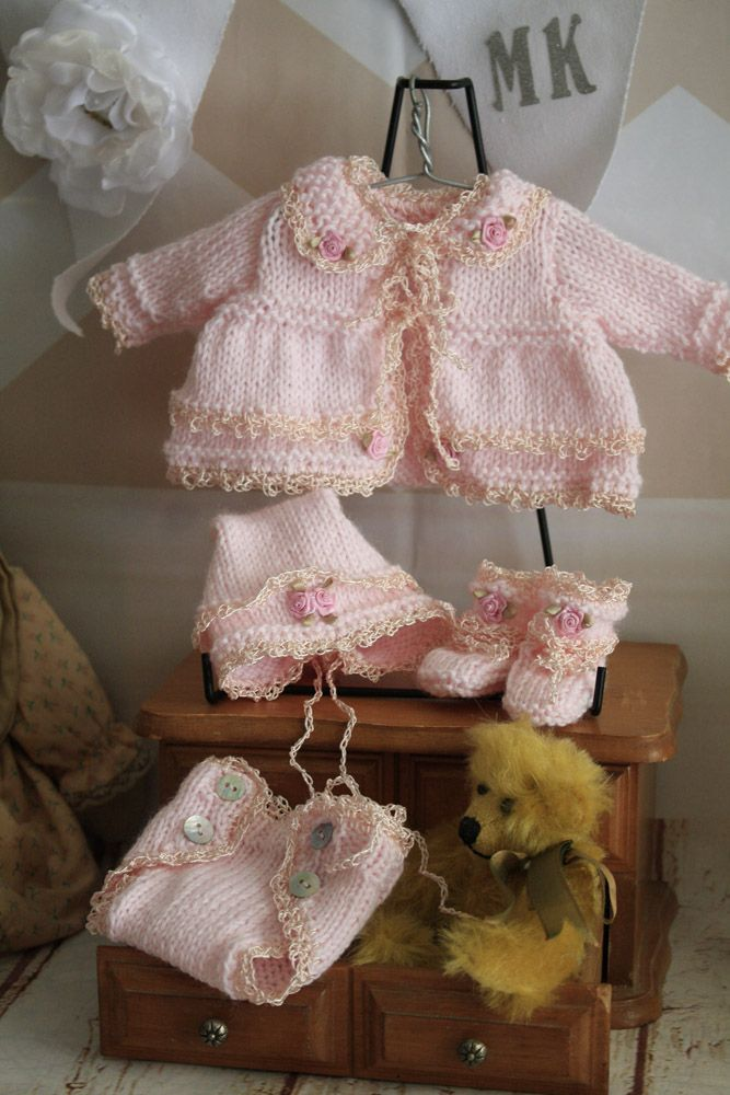 10 Inch outfit hand knitted