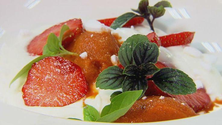 Sorbet van paprika met aardbei en platte kaas | VTM Koken