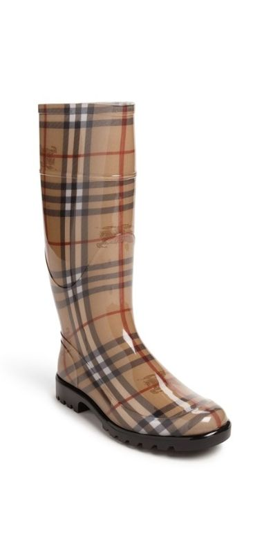 These Burberry rain boots almost make me wish for rain! @nordstrom