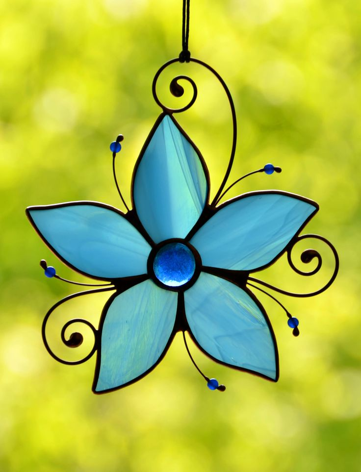 Stained glass blue flower suncatcher for window, hanging decoration, garden ornament, Tiffany glass