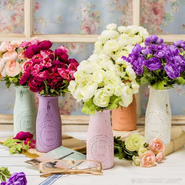 these wedding table centerpieces are simple but so elegant paint jars with pastel colors to
