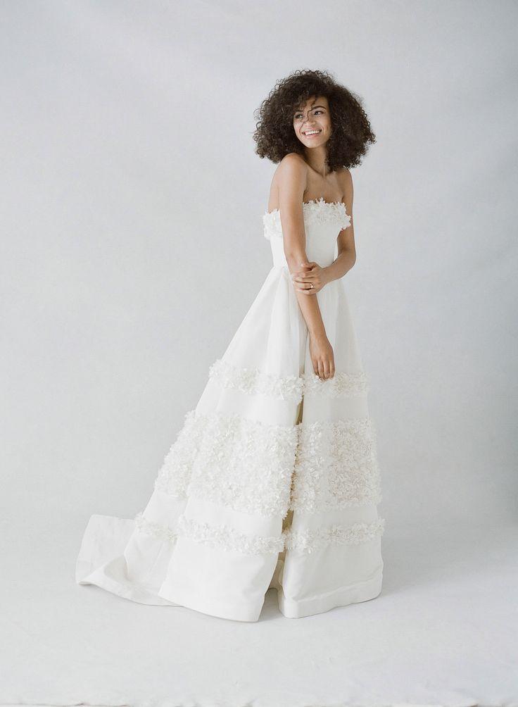Drop-dead-gorgeous Carolina Herrera wedding dress  | Photography: KT Merry
