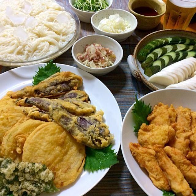そうめんと薬味 淡路島の玉ねぎ、茄子、大葉の天ぷら 鶏むね肉のフリッター 胡瓜と大根のぬか漬け - 32件のもぐもぐ - 夏メニュー by reirei7