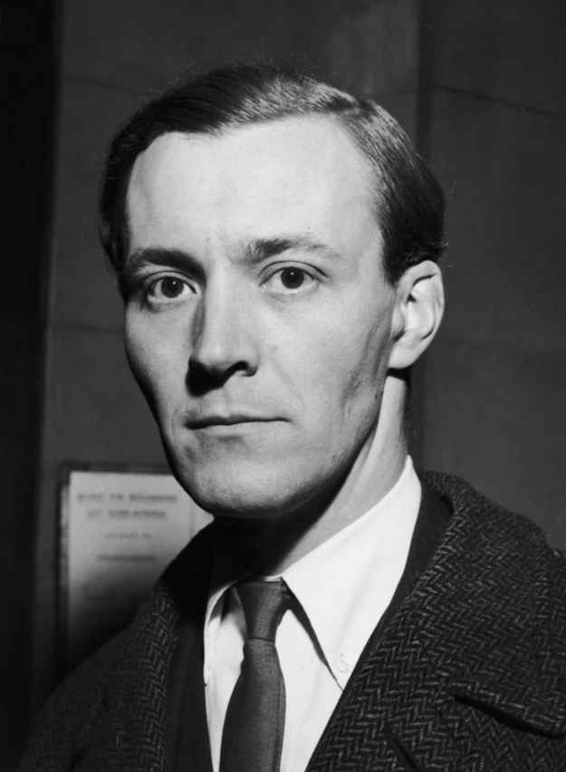 Tony Benn: 1925-2014 | 19 Pictures Of Tony Benn As A Young Man