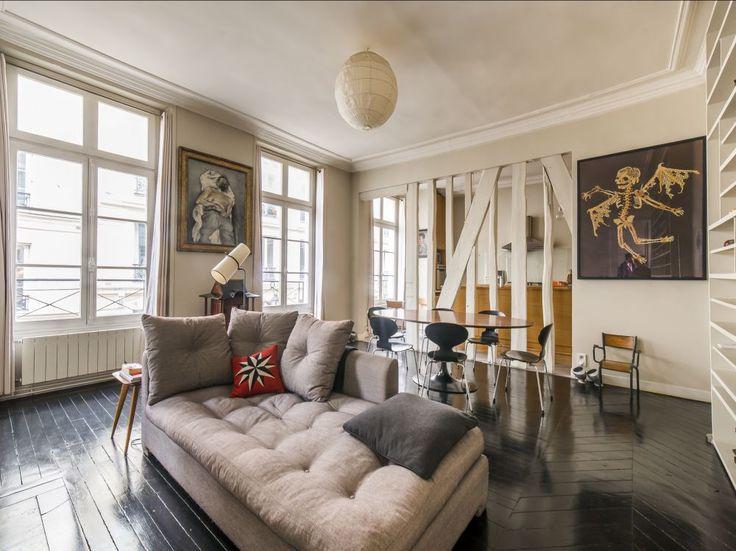 Un appartement rénové quartier Petites écuries (10ème)