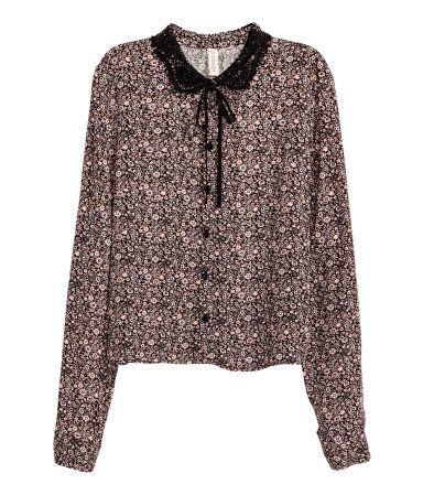 Blouse met plooitjes   Zwart/roze bloemen   Dames   H&M NL