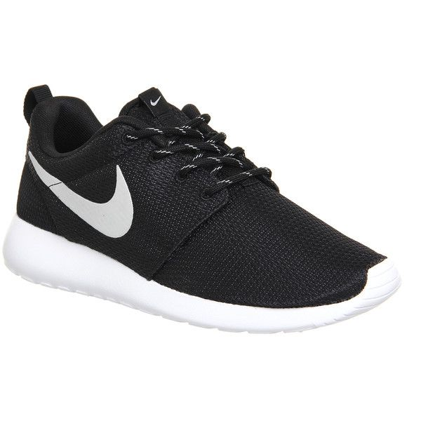 Nike Roshe Run (£70) ❤ liked on Polyvore featuring shoes, sneakers, nike, tennis shoes, zapatos, trainers, black metallic white, unisex sports, lightweight shoes and white shoes
