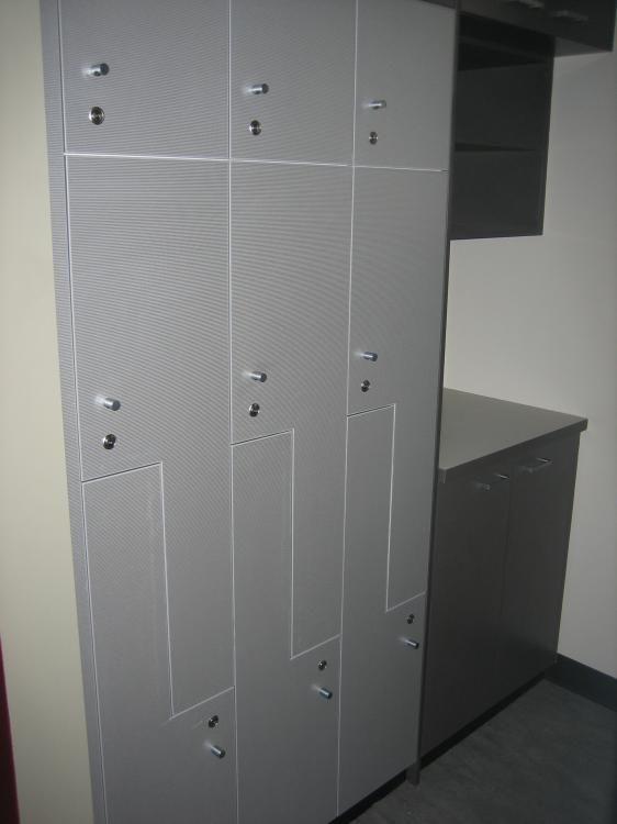 Lockers In Stainless Lamiwood