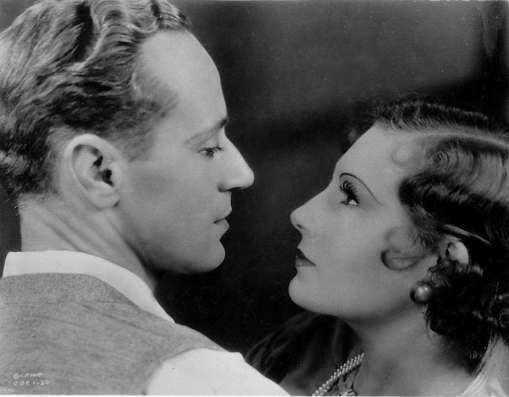 Leslie Howard and Binnie Barnes in The Lady Is Willing