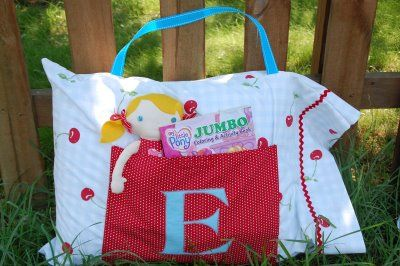 Road Trip Pillow Cases! How cute is this for the kid in your life... especially one who's taking a trip soon! Complete instructions!