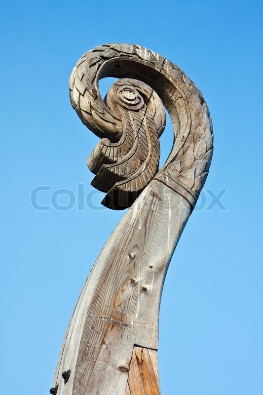 Stock image of 'carved bird's head on a boat Viking Drakkar in Vyborg. Russia'