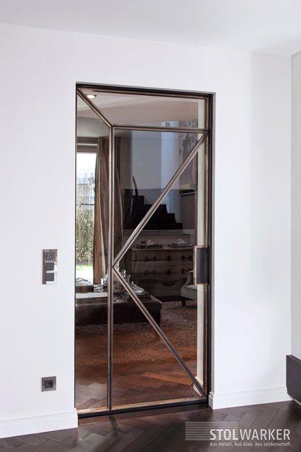 die besten 17 ideen zu schiebet r glas auf pinterest innent ren mit glas fensterglas und. Black Bedroom Furniture Sets. Home Design Ideas