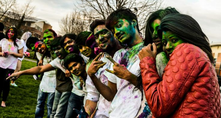 Leicester loves to celebrate, and our students are no exception. Around 200 of them gathered to celebrate the Indian festival of #Holi in March, bringing a burst of colour to Bede Park near our campus. #DMU #India