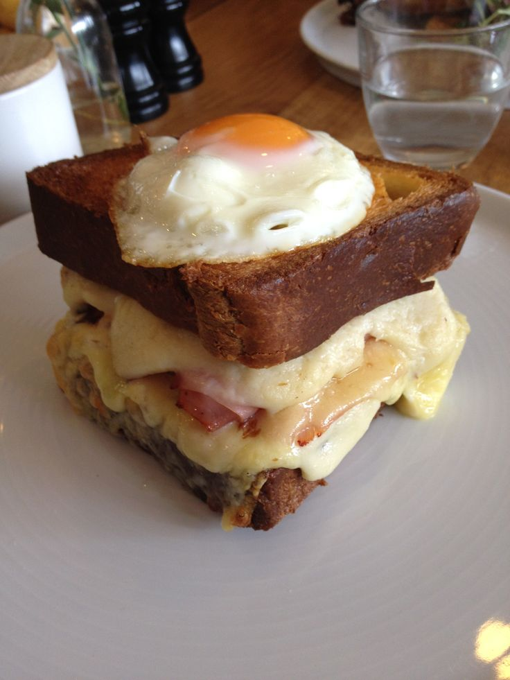 Croque madame from Mr.Hendricks made to perfection #croquemadam #mrhendrickscafemelbourne staff at cookery institute enjoyed this #cookeryinstitute