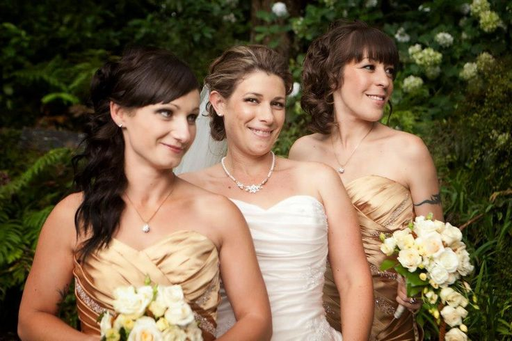Wedding photo bridesmaid