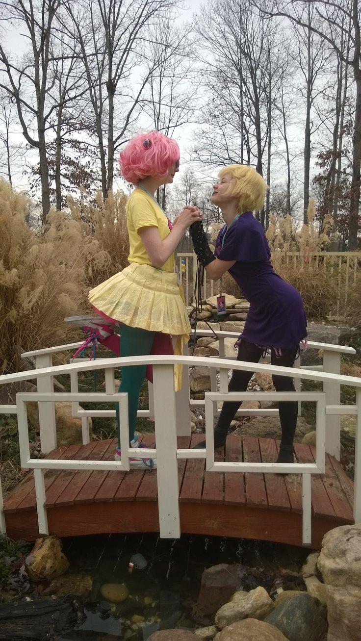 My friend (trickster Jane) and I (Roxy Lalonde) at ichibancon 2015