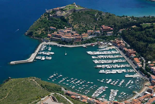 Watch: Monte Argentario and Ercole Port - Tuscany, Italy http://www.miraedestino.com/video.cfm?id=35