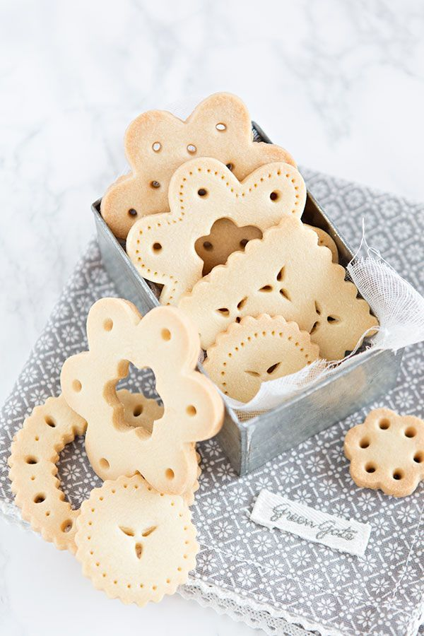 lace butter cookies