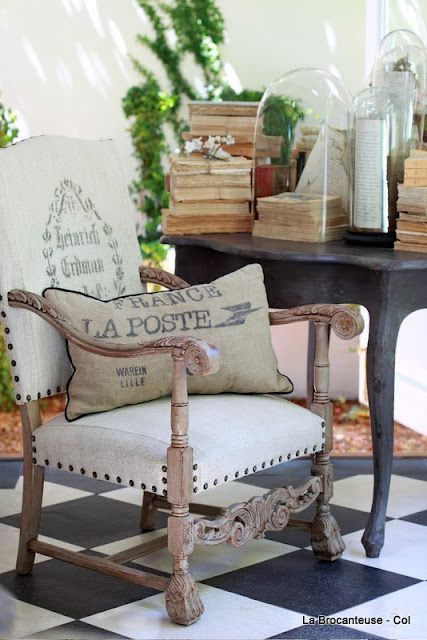 Great website with tons of ideas to decorate with burlap and linen....My favorite fabrics....French objects of decor...
