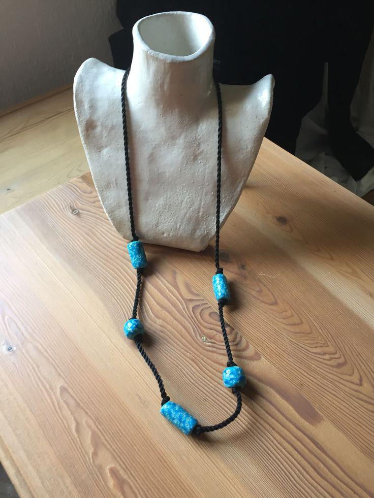 ref. 963A2L:   collar abalorios de pasta egipcia 96cm  realización a mano
