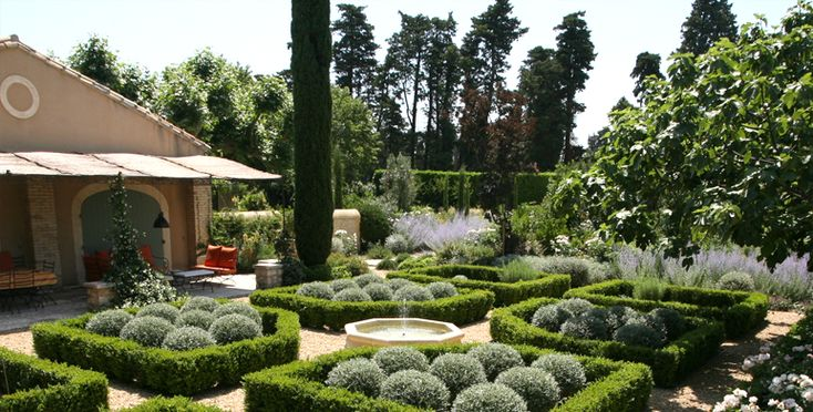 99 best images about jardin en provence on pinterest gardens umbria italy and villas - Petit jardin proven nimes ...