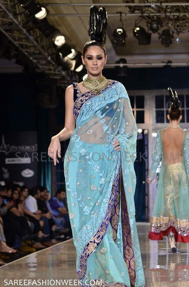 Models walks with Designer Manish Malhotra gorgeous Saress at Delhi Couture Week