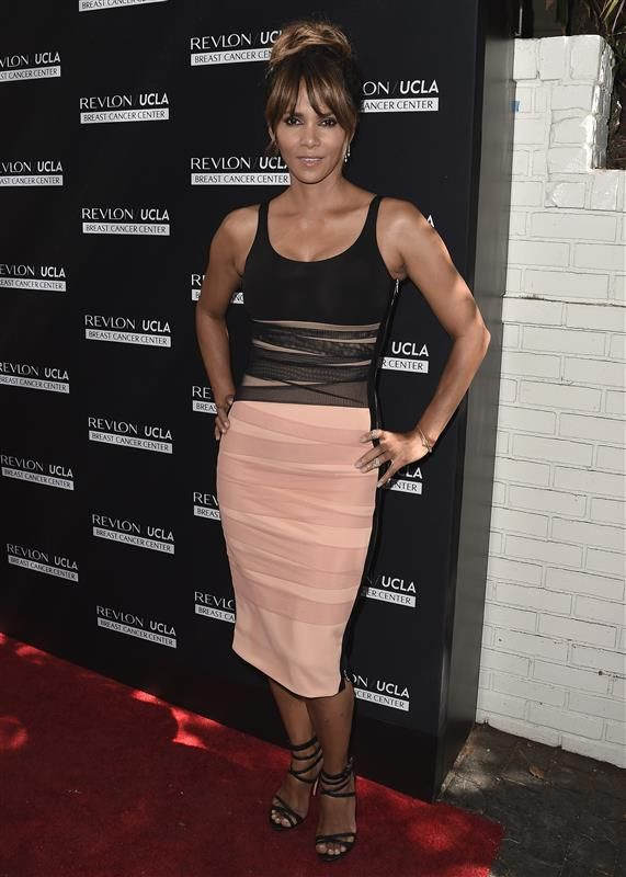 Halle Berry style - Idris Elba launches a clothing line, plus more pics Sept. 26-30