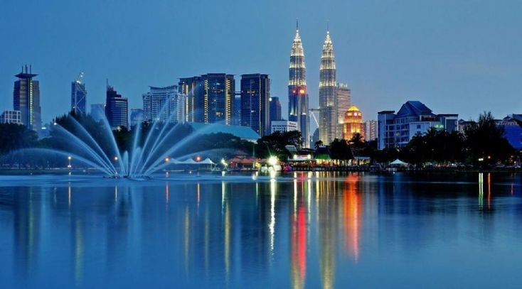 Best #Places to #Visit in #Malaysia  Malaysia, in Southeast Asia, is an incredible blend of #history and modernization, and is an awesome #tourist spot. The place is a social blending dish of #Malay, #Chinese, #Indian and indigenous traditions and heritage, keeping in mind for the vast majority, the name Malaysia just brings pictures of Kuala Lumpur, there is significantly more to it.  http://bit.ly/28PooR4