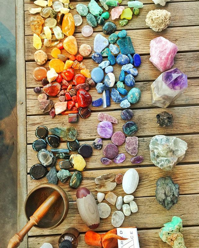 Getting to know each and every one of your healing #crystals is very important! We find that it is more beneficial to connect with them on a personal, individual level, instead of just going by what you have read about their healing properties. Trust your intuition; your body knows what energies it needs. #gemstones