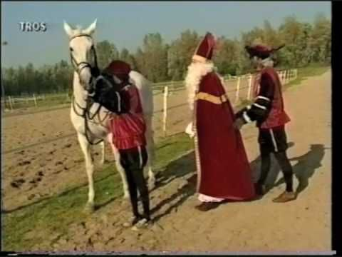 Sinterklaas is bang voor zijn paard